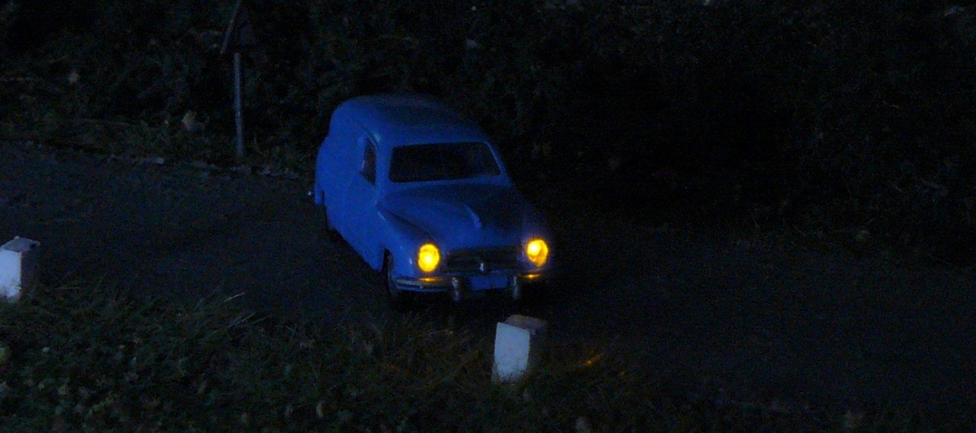 MagicRoad – bezkáblové a bezbatériové osvetlenie áut na koľajisku